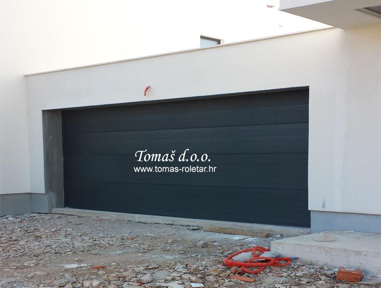 segmentna-vrata-tomas-007-opt