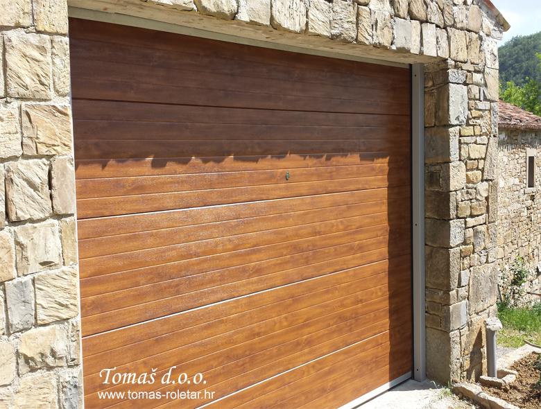 segmentna-vrata-tomas-014-opt